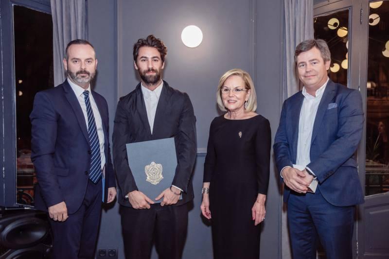 Momento de la entrega del Premio Aguja Brillante 2019