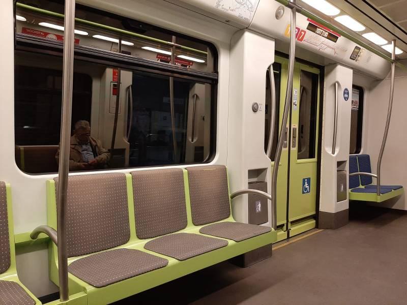 El uso del transporte público registra un descenso de viajeros del 51,86% en Metrovalencia y 43,12% en TRAM d'Alacant