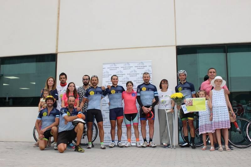 En bicicleta contra el cáncer