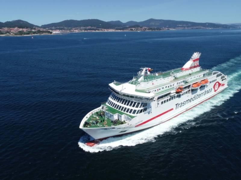 El buque Villa de Teror se incorpora a la flota de Trasmediterránea para cubrir las líneas Motril-Nador y Motril-Al Hoceima, operadas por Naviera Armas