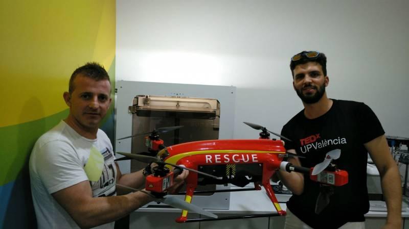 Dron de salvamento marítimo