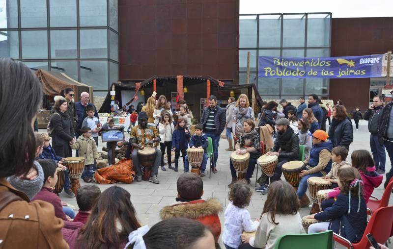 Primer día en el Poblado de las Jaimas - Navidad 2017 - BIOPARC - Taller percusión africana