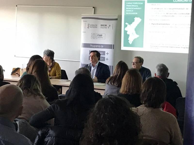 Medio centenar de municipios alicantinos ha asistido a la presentación de las ayudas de Turisme CV para 2020