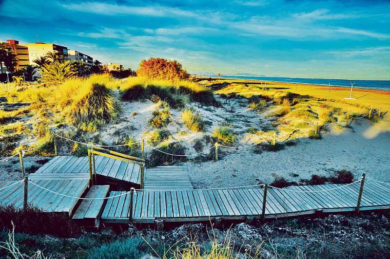 Dunas espectaculares en la playa de Canet. FOTO CANETDENBERENGUER.ES