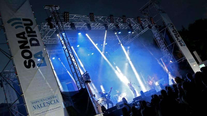 Una de las actuaciones musicales realizadas en el Sona la Dipu
