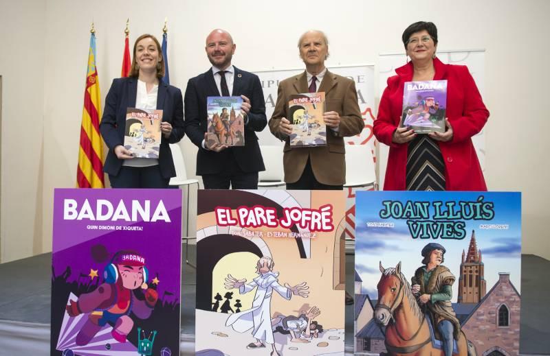 Los responsables de la Diputació y la AVL con los cómics