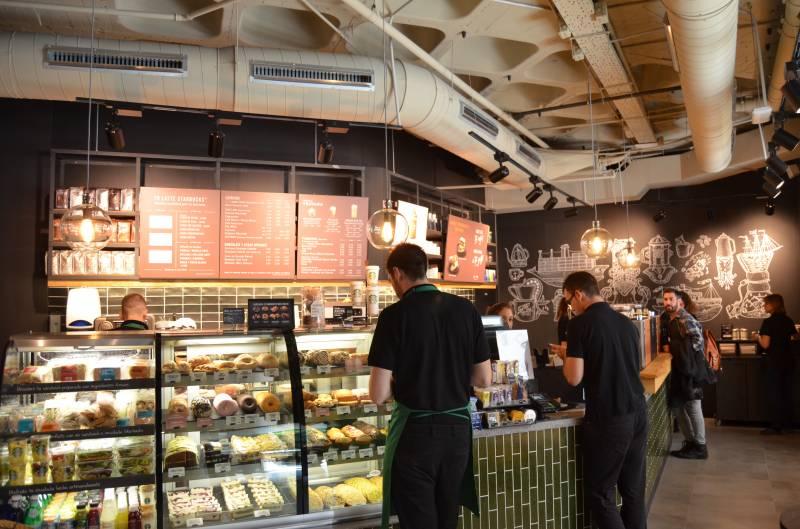 Starbucks abre en El Corte Inglés de Colón