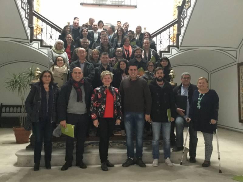 Pilar Moncho y los responsables municipales
