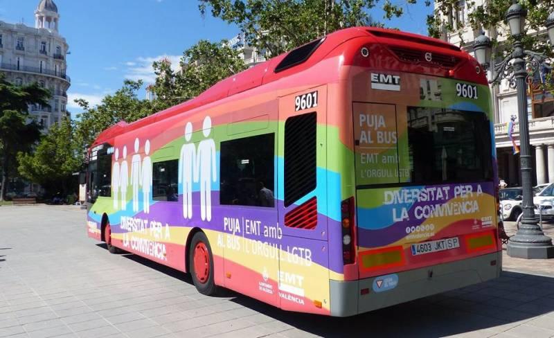 El autobús gayfriendly de la EMT