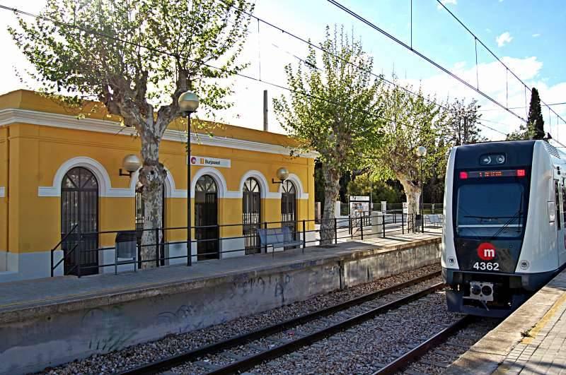 Metro durante su recorrido. EPDA.