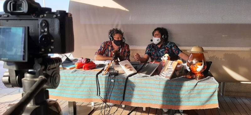 El escritor, productor y guionista Joan Tur y el actor, director y dramaturgo Ximo Solano. EPDA