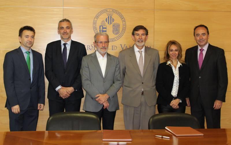 La fundaci general de la universitat de val ncia y caixa for Oficinas de caixa popular en valencia