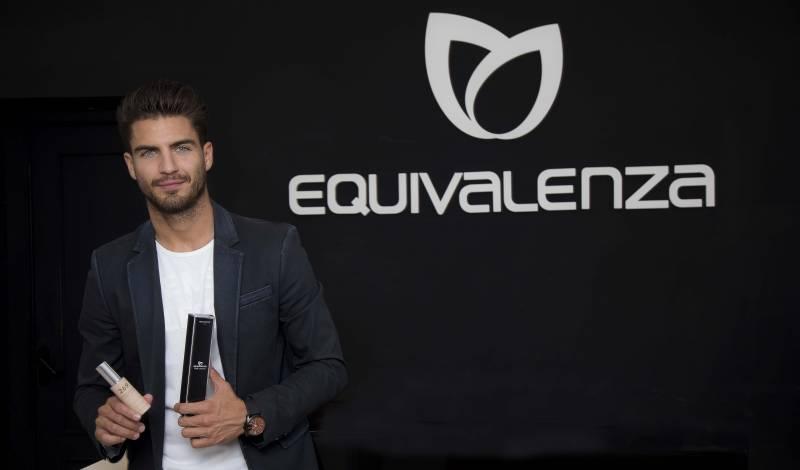 Maxi Iglesias, casting Equivalenza