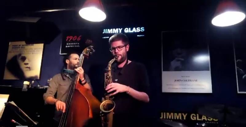 Víctor Jiménez at Jimmy Glass Jazz