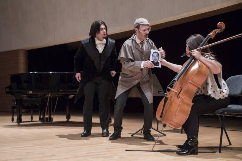 Les Arts, Detectives en la ópera