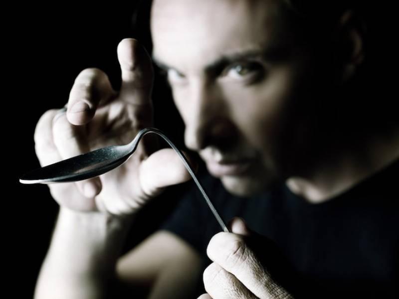 Javier Botia, el metalista : : Sala Girasol