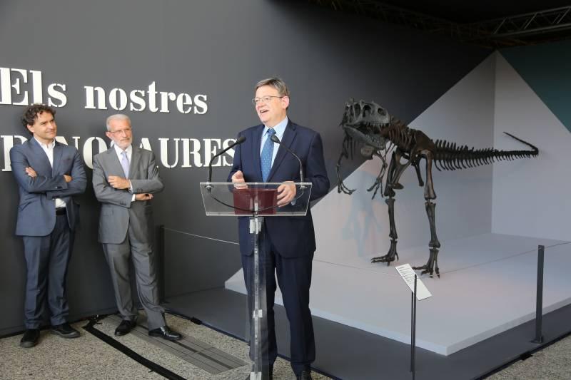 Ximo Puig presentando la muestra