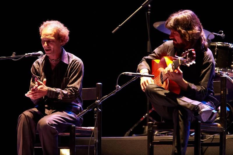 Artistas flamencos en escena. //viu valencia