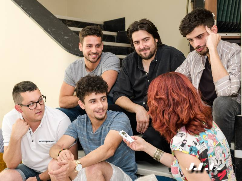 Entrevista al director de cine Roberto Bueso y a los actores