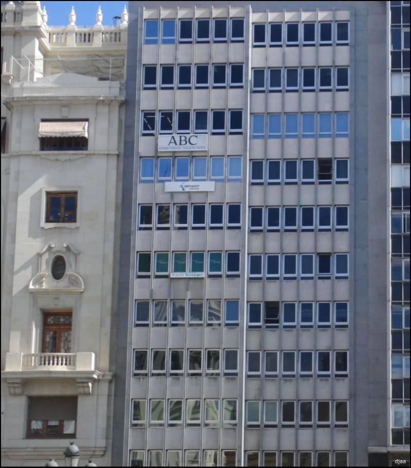 ¿Es este el edificio más feo de València?