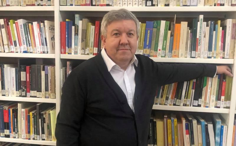 Pedro Simón y dcha Dimas Prychyslyy. EPDA.