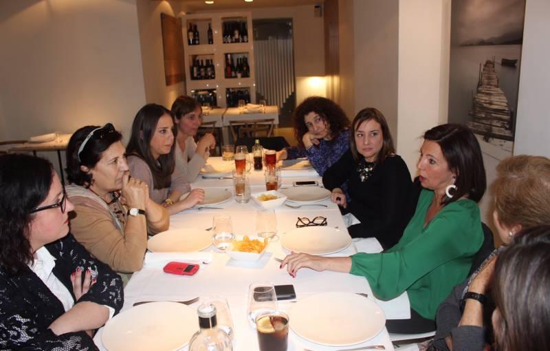 El restaurante donde se celebró el encuentro está regentado por una mujer//Viu València