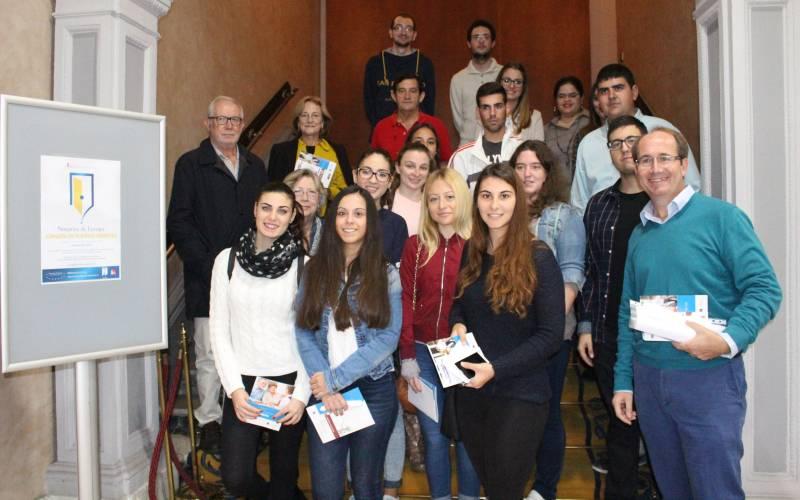 Foto de grupo Jornada Puertas Abiertas Colegio Notarial
