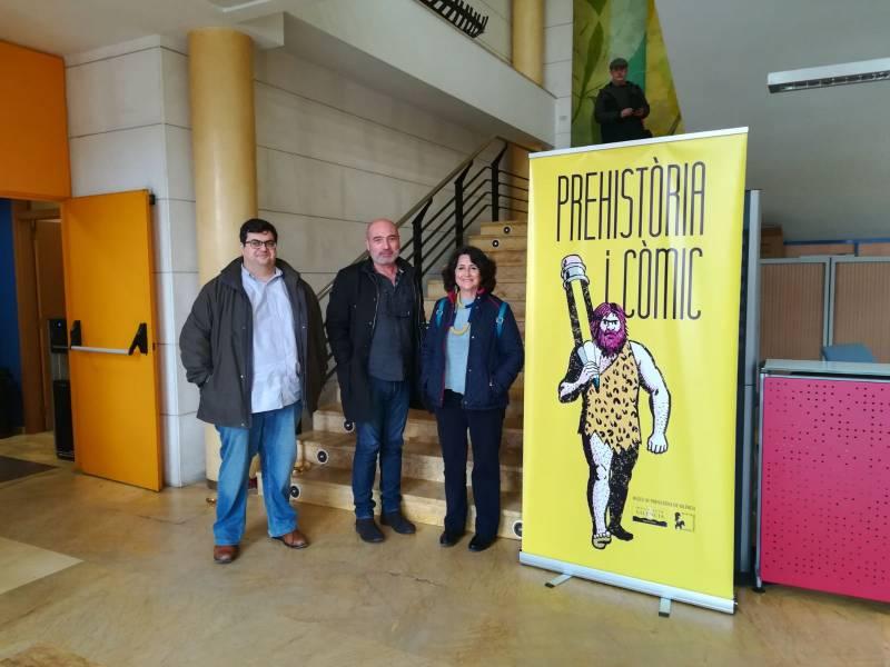 Álvaro Pons, Xavier Rius i Helena Bonet en la inauguració de la mostra