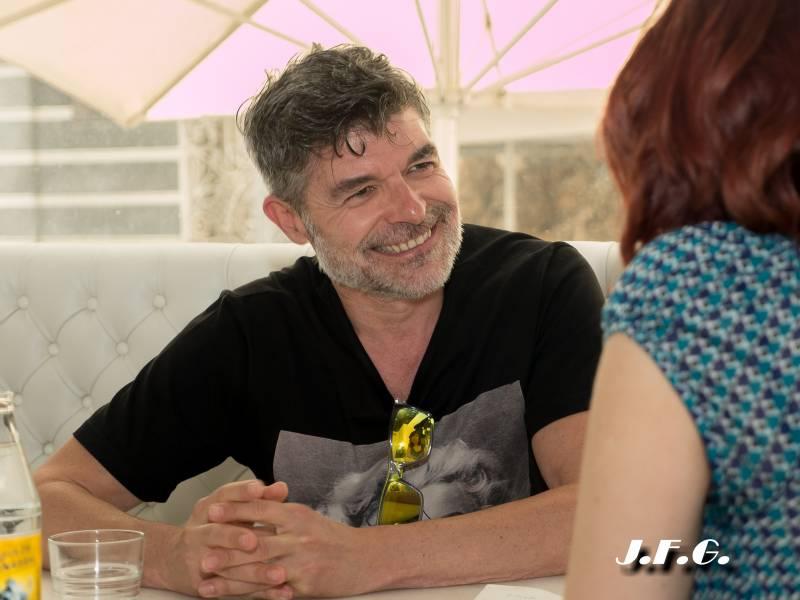 Nacho Guerreros: La profesión del actor es matarte a estudiar y a trabajar