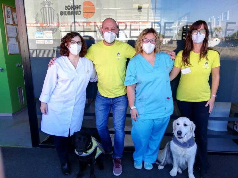 Fundación Acavall y AFAV emprenden un programa de terapia asistida con perros orientado a personas con alzhéimer con el apoyo del CE/R+S./ EPDA