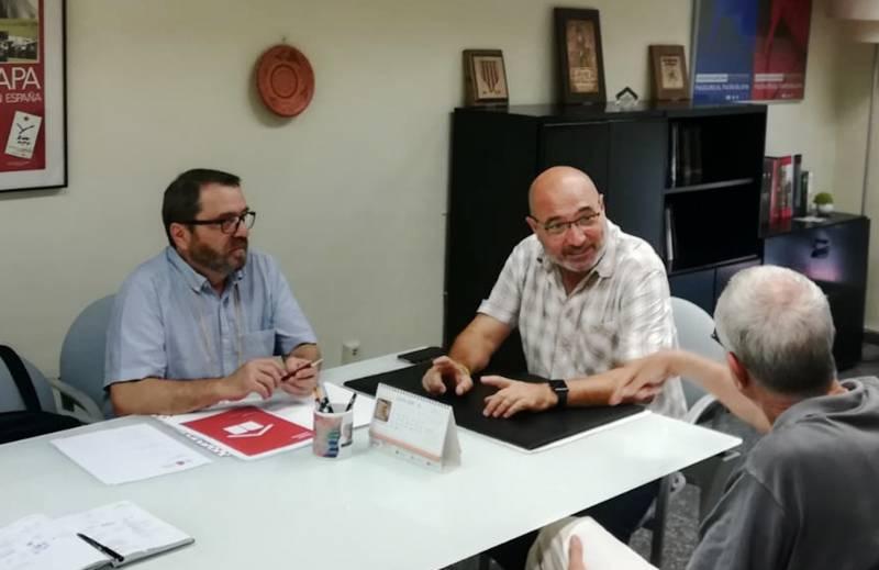 Rius y los responsables de FULL durante la reunión de este jueves
