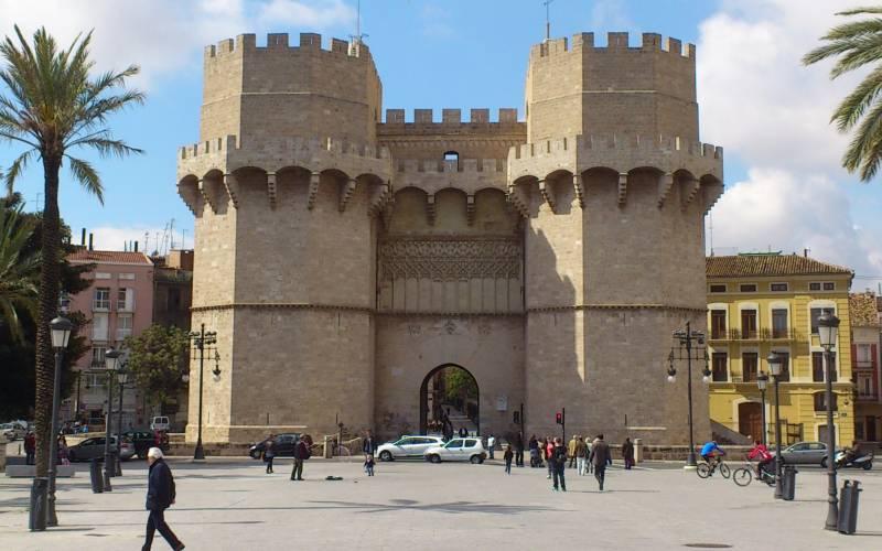 Las Torres de Serranos son elementos patrimoniales de València que se utilizan en las rutas matemáticas