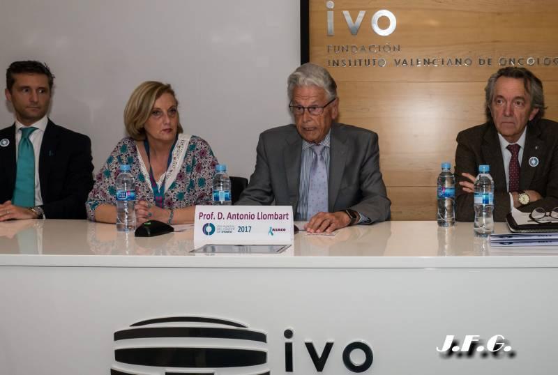 Dr. Lucas Minig, Dña. Paloma Luis, Dr. Antonio Llombart, Dr.Andrés Poveda