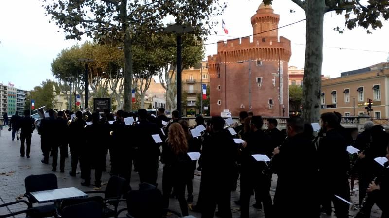 FSMCV Francia: pasacalles de la Joven Banda Sinfónica de la FSMCV en Carcassone