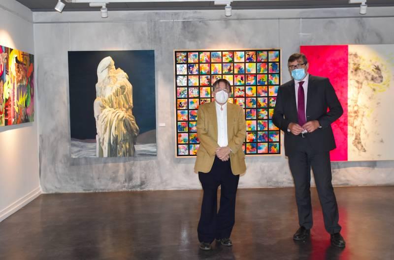 Manuel Muñoz y Pau Pérez Rico en el recinto de la Exposición. EPDA
