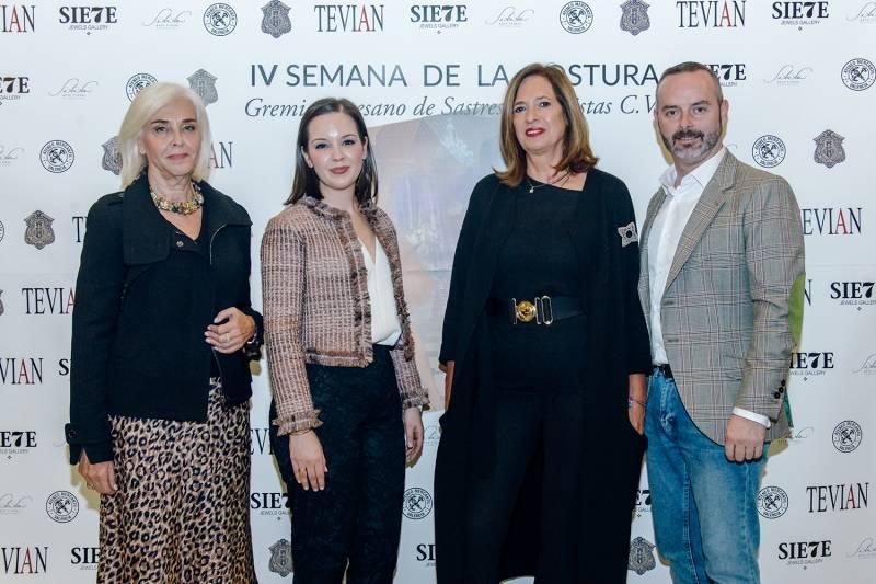 Hortesia Herrero, Isabel Serrano, Amparo Fortuny y Fran Tochena
