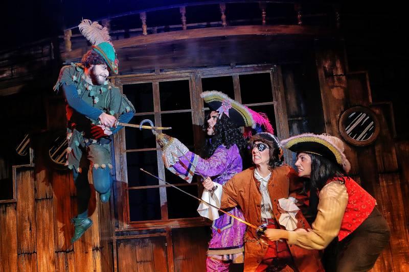 Garfio y sus Piratas