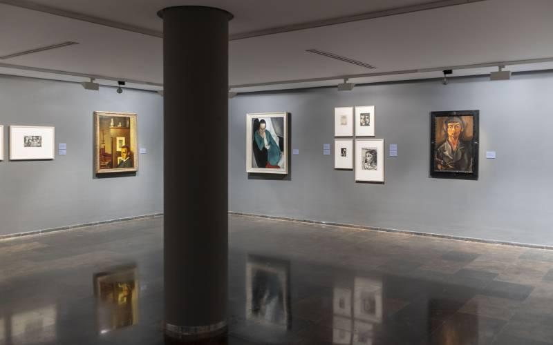 Vista de la sala Reinventando la representación el arte holandés de entreguerras