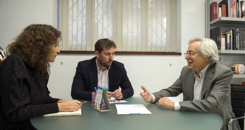 Diputació y Ayuntamiento colaborarán con la Orquesta de la Universitat y estudian conciertos en los municipios
