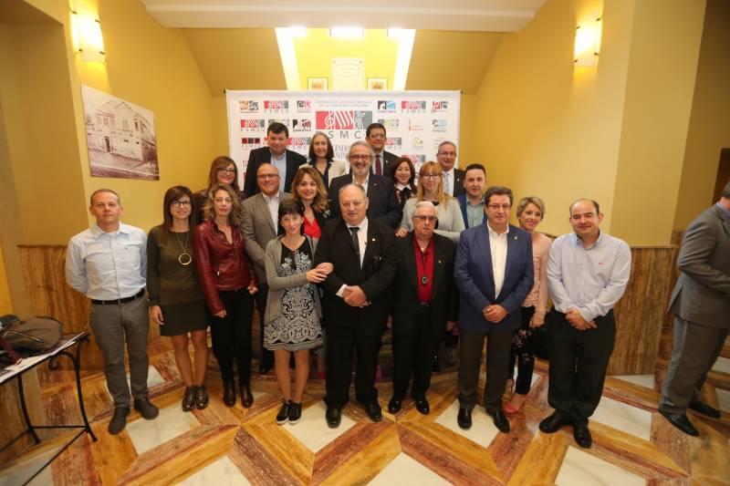 Miembros de la junta directiva de la FSMCV (Autor foto Álex Oltra)
