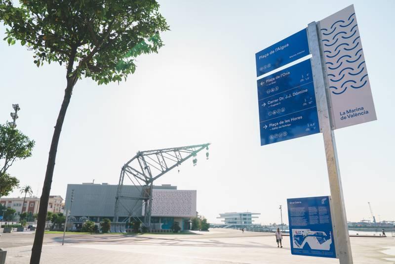 La Marina de València reordena 5000 piezas de mobiliario urbano para crear un recinto más accesible y agradable