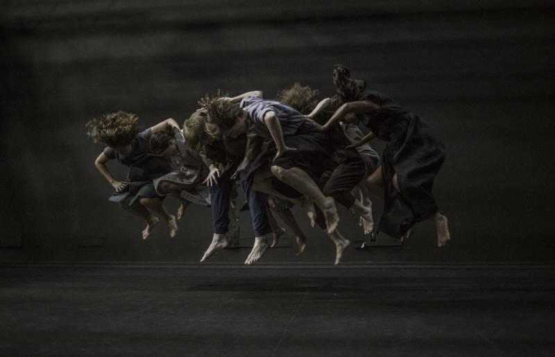 Una de las danzas de Una gran emoción política