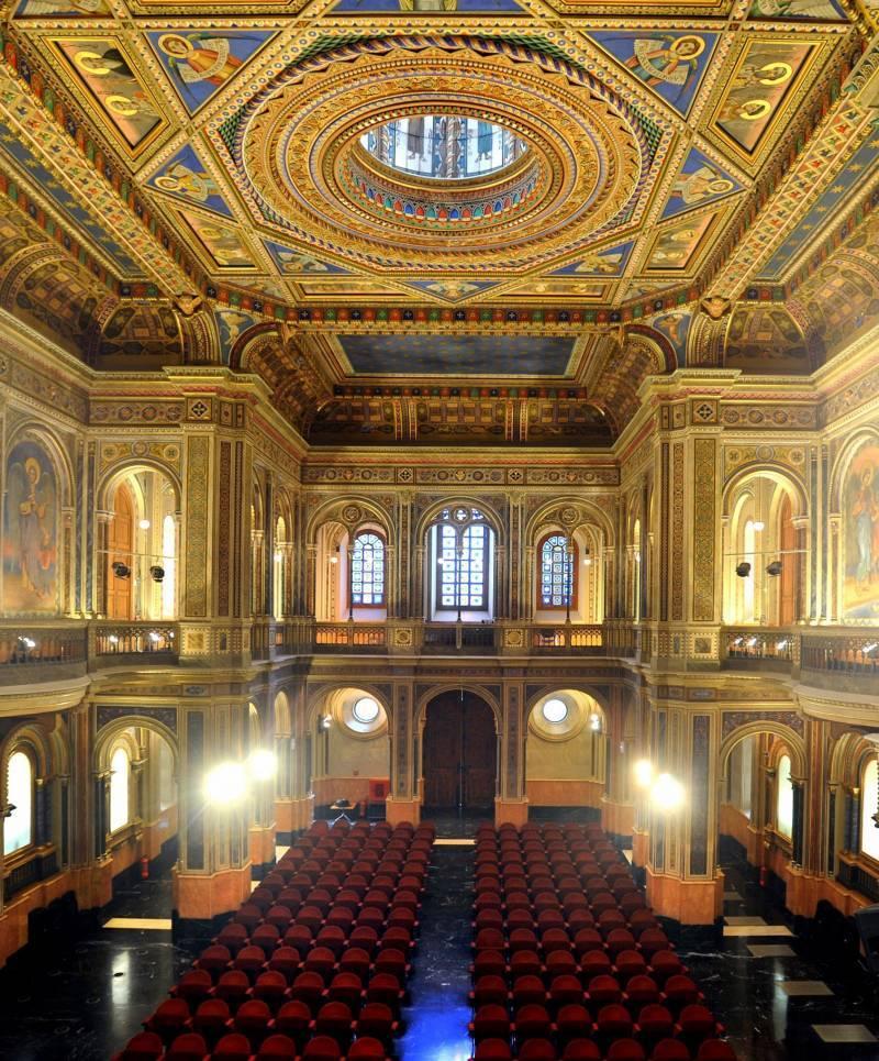 La Sala Alfons el Magnànim, uno de los rincones imprescindibles que visitar en Valencia