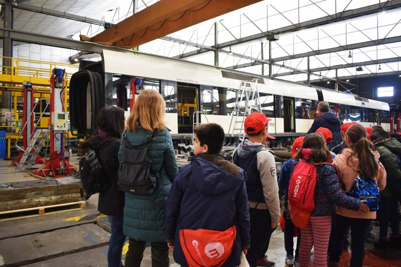La Generalitat inicia el programa de visitas educativas de este año a las instalaciones de Metrovalencia