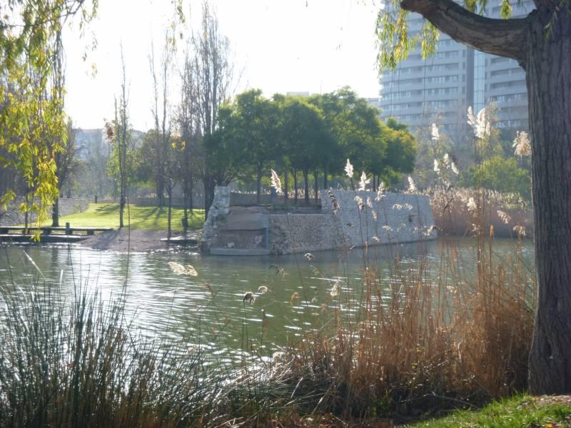 Obras de la nueva Pérgola del parque de Malilla./ EPDA