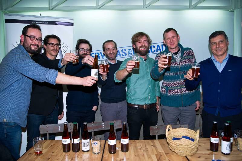 Imagen del equipo humano que ha hecho posible esta cerveza ahumada