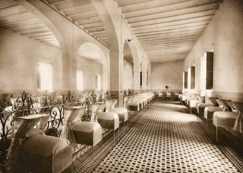 Cuando la Biblioteca de la calle del Hospital era precisamente eso, un hospital.