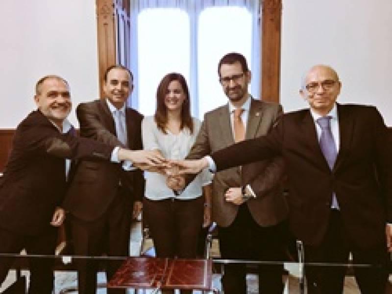 Firma del acuerdo de colaboración