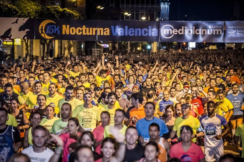 La carrera popular nocturna en una edición. //viu valencia