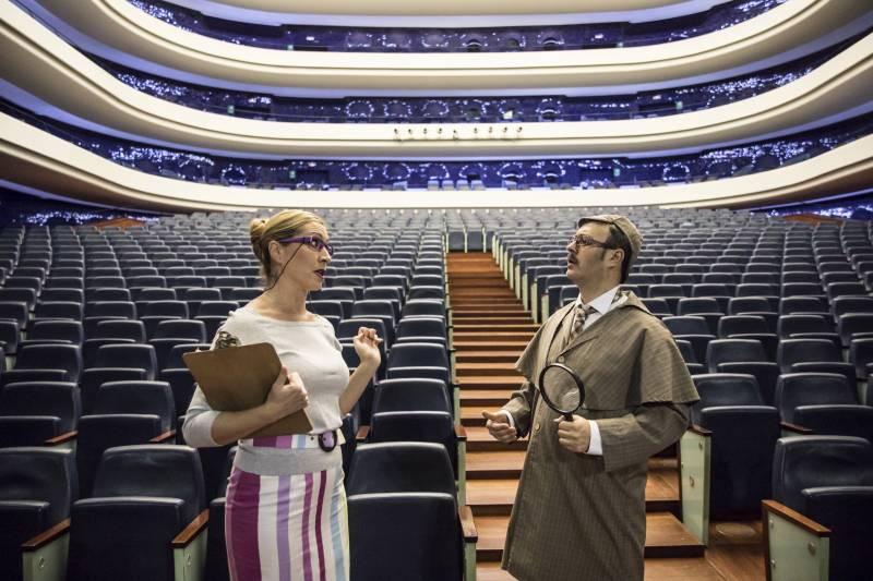 Detectives en la ópera, Les Arts
